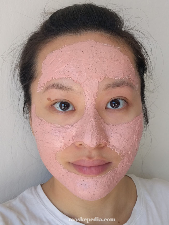 Half Moon Eyes Dragon Fruit Pink Fruity Wash Off Mask