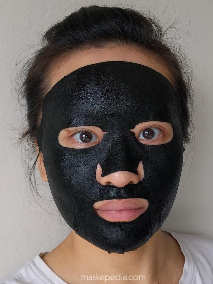 Answer Nineteen+ Pore Minimizer Mask