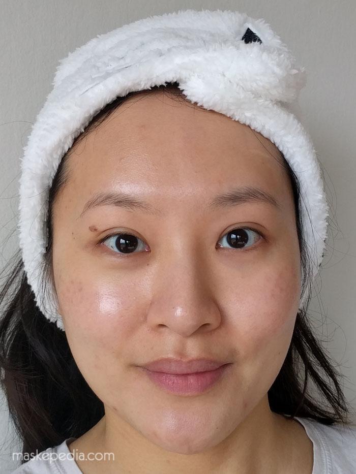 Rehydrating facial mask