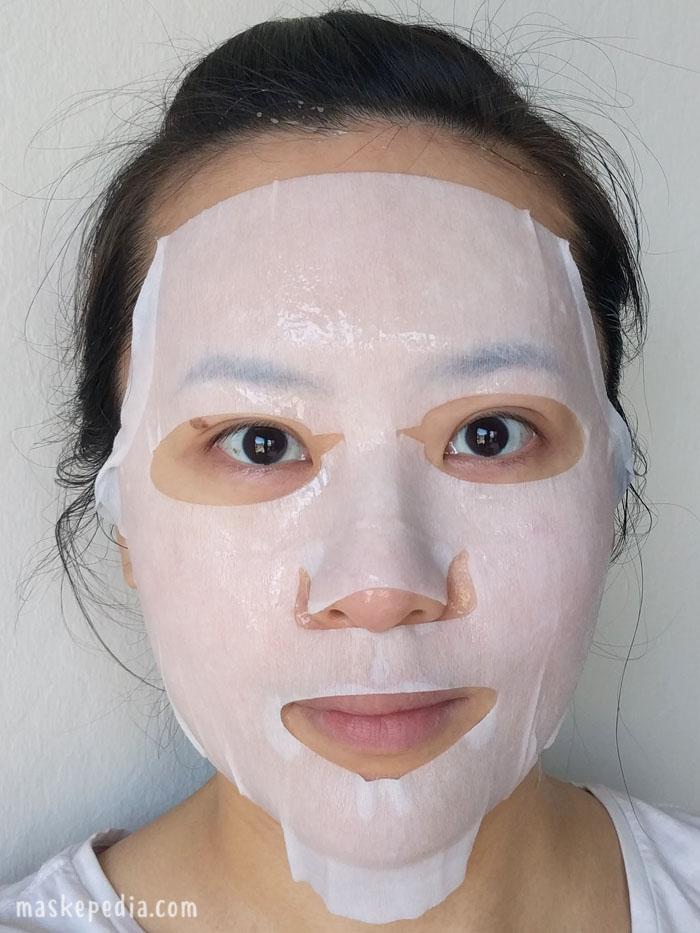 illi Hanbang Camellia Nourishing Intensive Moisture Mask