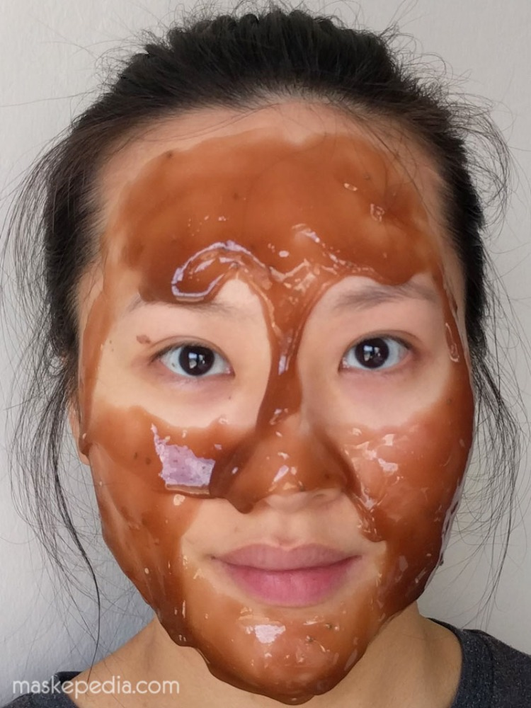 23 Years Old Cacao Energy Modeling Mask